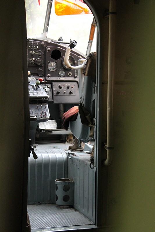 Партизанская поляна внутри самолета