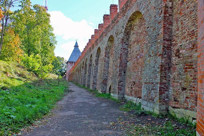 Смоленская крепостная стена