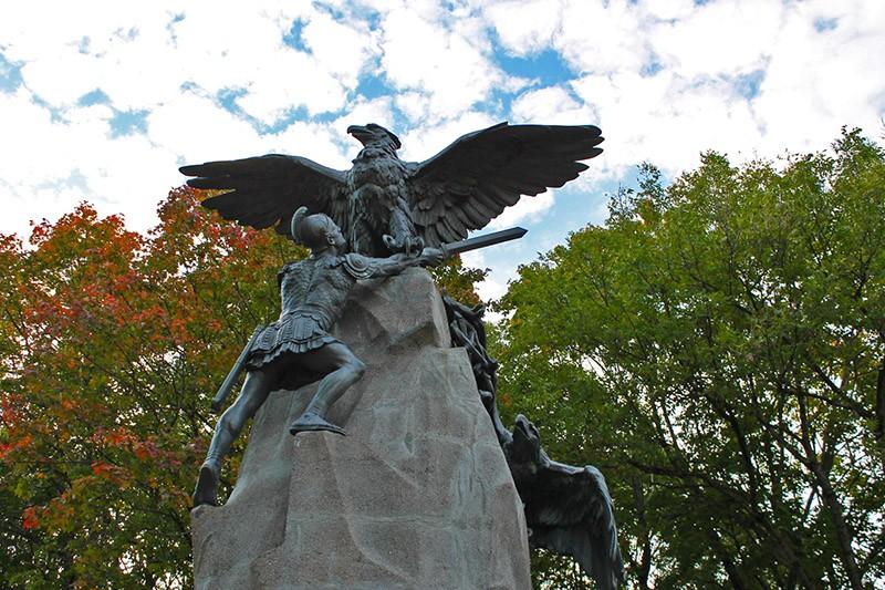 памятник Благодарная Россия — Героям 1812 года