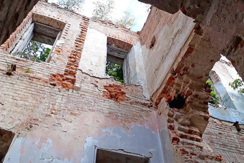Усадьба Воейковой в Лопандино Комаричский район
