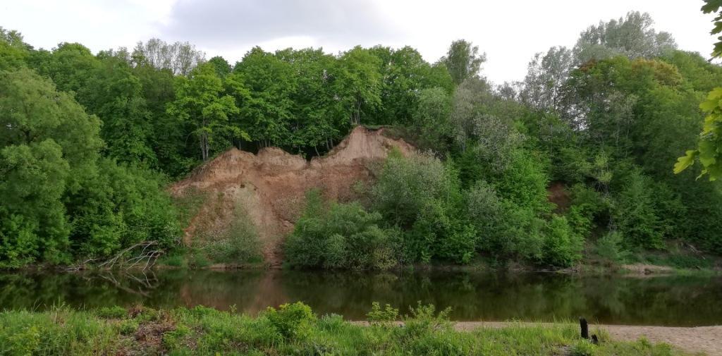 Утёс в Хотылево