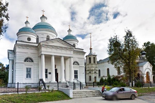 Мглин Успенский собор и Варваринская церковь