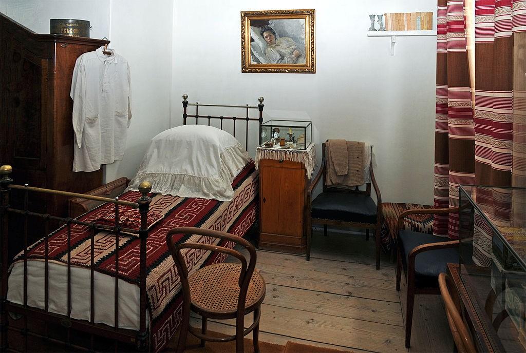 Спальня Л.Н. Толстого