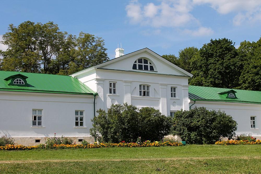 Дом Волконского Ясная Поляна
